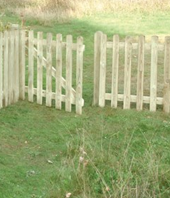 Picket Gate 90cm